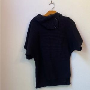 GRASS COLLECTION BLACK SWEATER SIZE MEDIUM